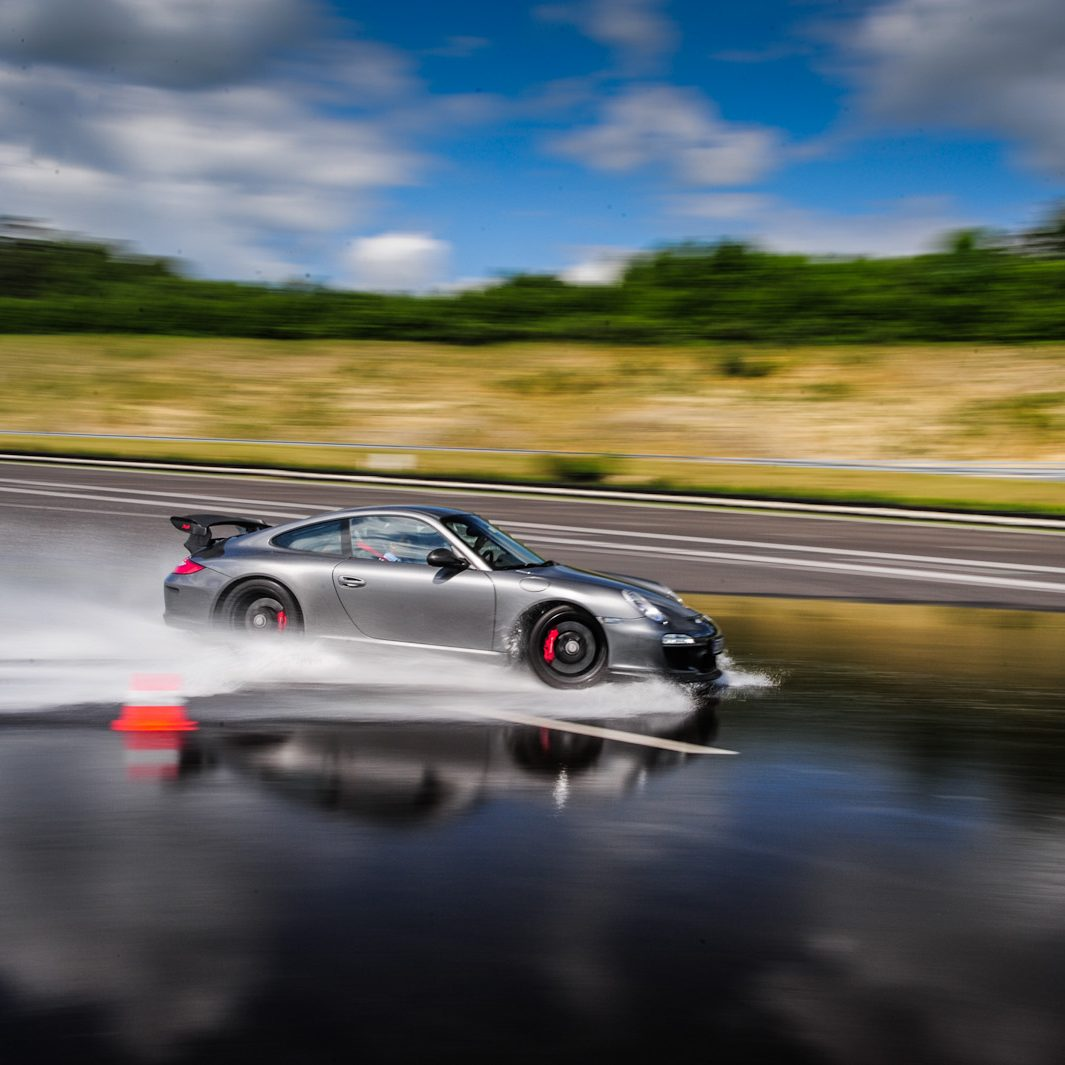 df_porsche_grau_drift_training